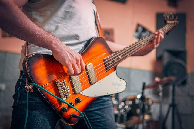 guitar 4880822 640